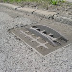 Dangerous sewer grate in Highland Park on Oakland Avenue