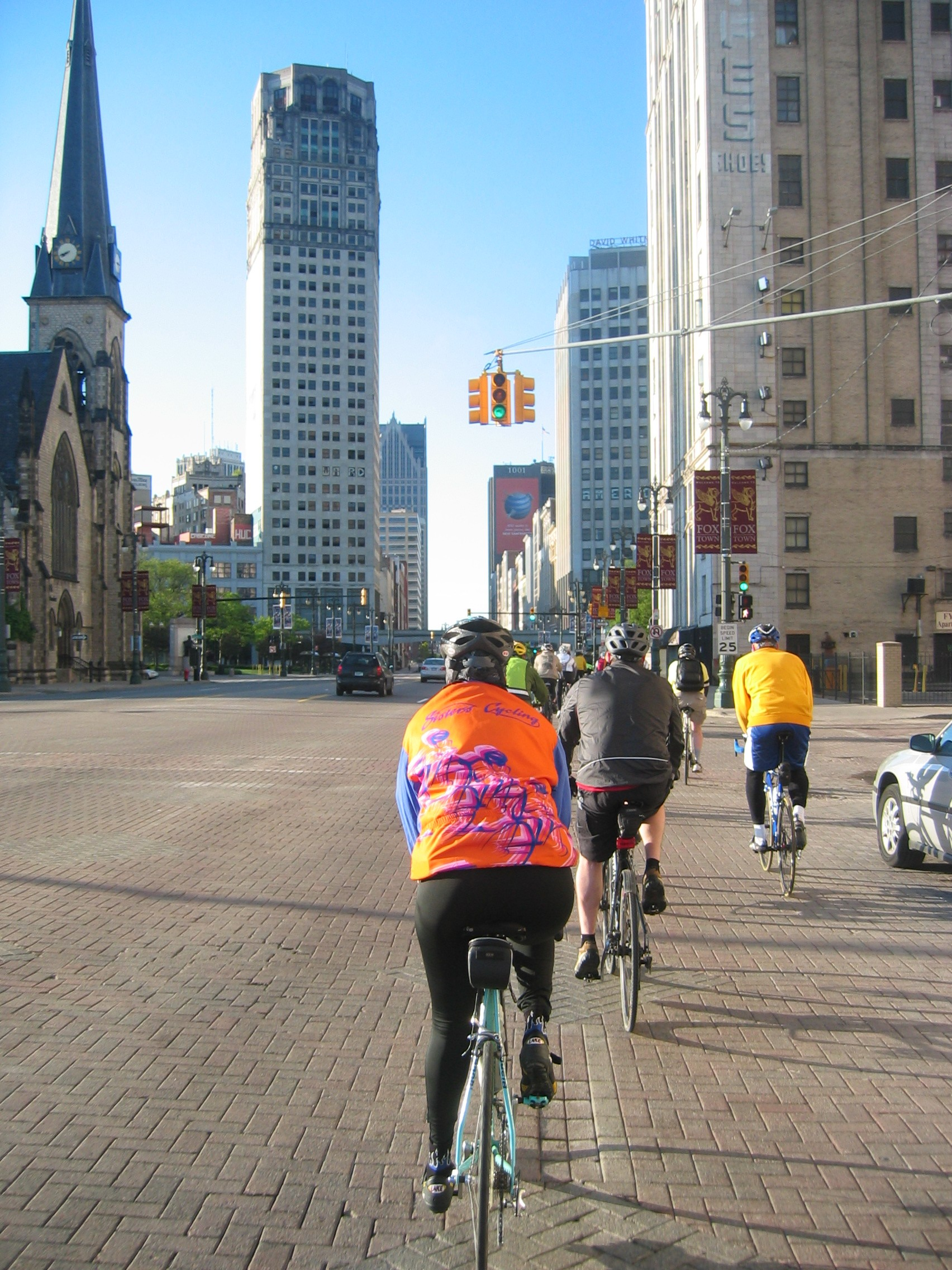 On the final stretch of Woodward Avenue